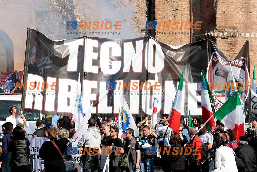 Striscione: Tecno Ribellione.Roma 03/03/2012 Manifestazione de La Destra contro il Governo..Photo Samantha Zucchi Insidefoto