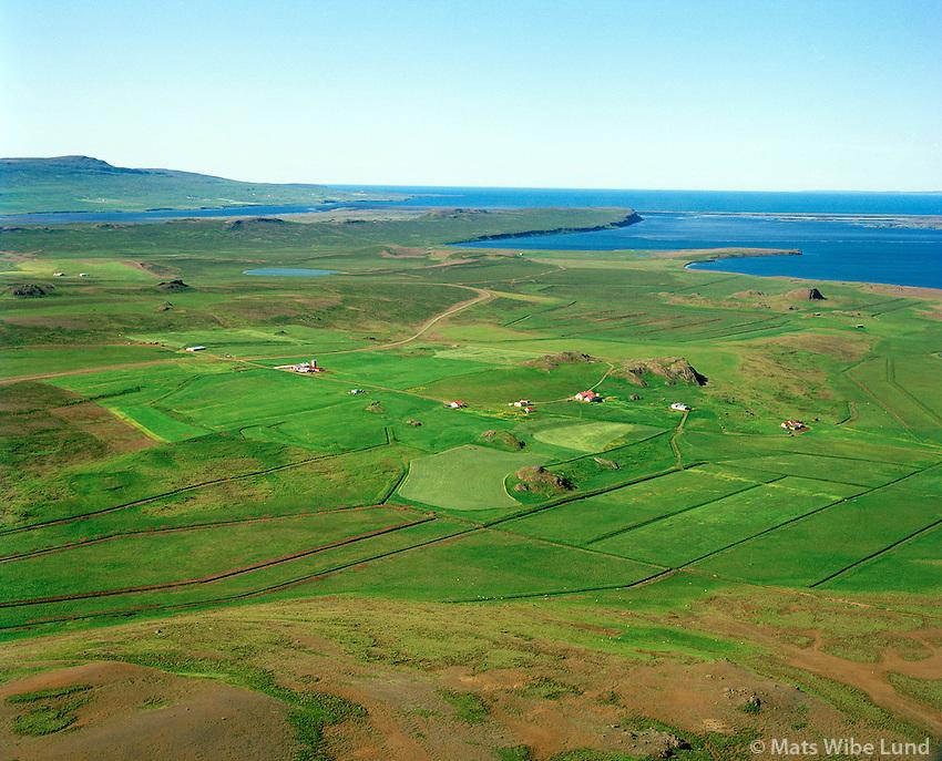 Stóra-Borg Ytri og Syðri séð til norðvesturs, Húnaþing vestra áður Þverárhreppur / Stora-Borg Ytri and Sydri viewing northwest, Hunathing vestra former Thverarhreppur.