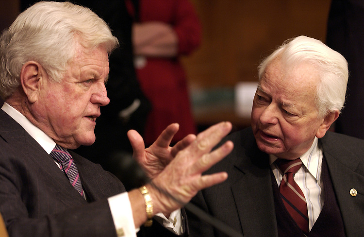 Ted Kennedy, D-MA and Robert Byrd, D-W,VA., talk during the Iraqi Weapons Program Full committee hearing on the status of Iraqi weapons of mass destruction and related programs.