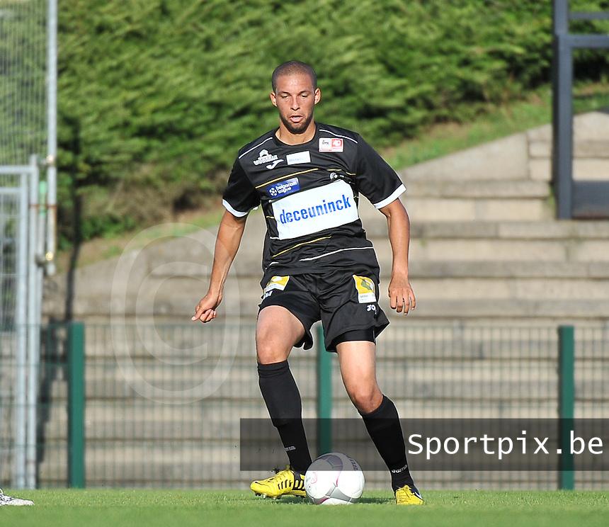 KSV Roeselare - SV Zulte - Waregem : Cedric Guiro<br /> foto VDB / Bart Vandenbroucke