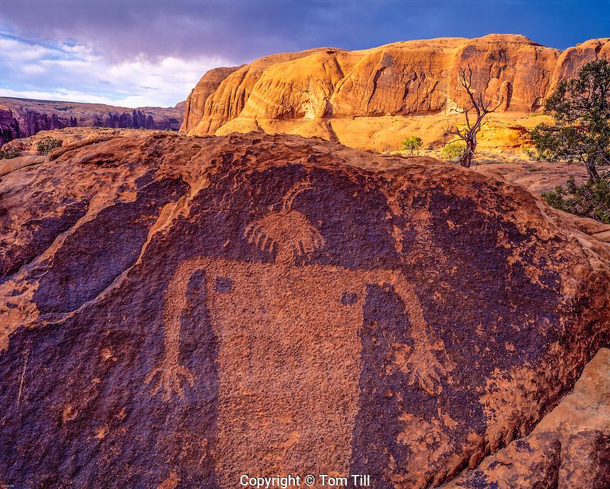 Petroglyph Figure, BLM Wilderness Study Area, Colorado River, Utah