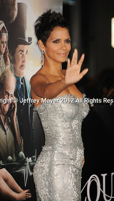 HOLLYWOOD, CA - OCTOBER 24: Halle Berry arrives at the Los Angeles premiere of 'Cloud Atlas' at Grauman's Chinese Theatre on October 24, 2012 in Hollywood, California.