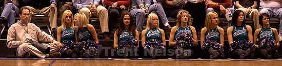 Salt Lake City - Rick Egan and Jazz dancers. Utah Jazz vs. Los Angeles Lakers. 12.04.2002, 7:21:55 PM<br />