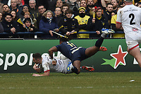 11th January 2020, Parc des Sports Marcel Michelin, Clermont-Ferrand, Auvergne-Rhône-Alpes, France; European Champions Cup Rugby Union, ASM Clermont versus Ulster;  Alivereti Raka (asm) cannot stop the try from John Cooney (ulster)