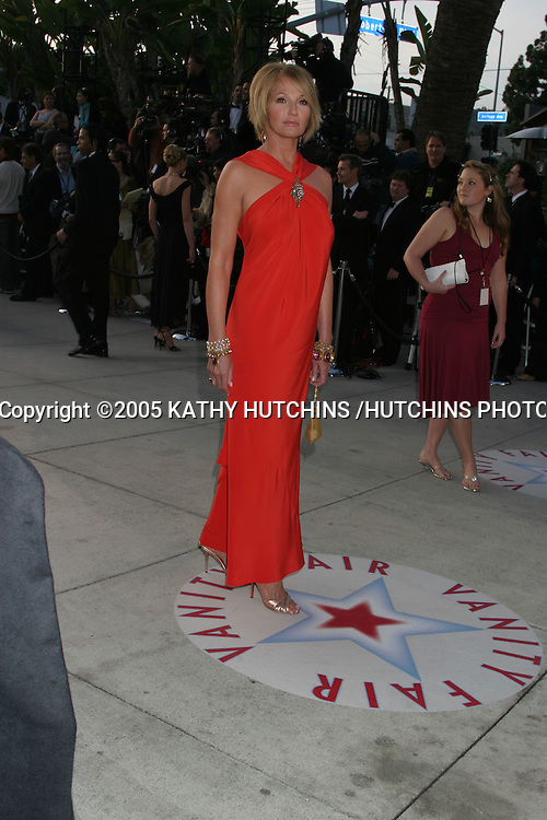 ELLEN BARKIN.VANITY FAIR OSCAR PARTY.MORTONS RESTURANT.W. HOLLYWOOD, CA .February 27, 2005.©2005 KATHY HUTCHINS /HUTCHINS PHOTO.