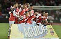 BOGOTÁ -COLOMBIA, 07-02-2016. Los jugadores de Santa Fe posan para una foto previo al partido entre Independiente Santa Fe y Millonarios por la fecha 3 de la Liga Aguila I 2016 jugado en el estadio Nemesio Camacho El Campin de la ciudad de Bogota. / The players of Santa Fe pose for a photo prior a match between Independiente Santa Fe and Millonarios for the date 3 of the Liga Aguila I 2016 played at the Nemesio Camacho El Campin Stadium in Bogota city. Photo: VizzorImage / Gabriel Aponte / Staff.