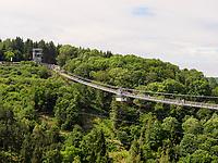 H&auml;ngebr&uuml;cke bei der Rappbode-Talsperre im Harz, Sachsen-Anhalt, Deutschland, Europa<br /> suspension bridge at Rappbode dam in the Harz Mountains, Saxony-Anhalt, Germany, Europe