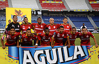 BARRANQUILLA- COLOMBIA - 12-09-2015: Jugadores de  Uniautonoma posan para una foto previo al encuentro con Cortulua por la fecha 12 de la Liga Aguila II 2015 jugado en el estadio Metropolitano / Players of Uniautonoma pose toa photo prior a match against Cortulua  for the twelfth date of the Liga Aguila II 2015 played at Metropolitano  stadium in Barranquilla  city. Photo: VizzorImage / Alfonso Cervantes / Contribuidor