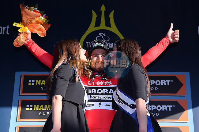World Champion Peter Sagan (SVK) Bora-Hansgrohe wins Stage 3 and the Maglia Rossa sprint jersey of the 2017 Tirreno Adriatico running 204km from Monterotondo Marittimo to Montalto di Castro, Italy. 10th March 2017.<br /> Picture: La Presse/Gian Mattia D'Alberto | Cyclefile<br /> <br /> <br /> All photos usage must carry mandatory copyright credit (&copy; Cyclefile | La Presse)