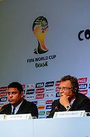 RIO DE JANEIRO, RJ, 30 AGOSTO 2012-FIFA-ENTREVISTA COLETIVA- Ronaldo, membro do COL e o secretário-geral da FIFA, Jerome Valcke na entrevista coletiva realizada pelo Comitê Organizador Local (COL) da Copa do Mundo da FIFA 2014, posterior à reunião de Diretoria do COL, no dia 30 de agosto de 2012, no Rio de Janeiro, no Hotel Windsor, na Barra da Tijuca, zona oeste do Rio de Janeiro.(FOTO:MARCELO FONSECA/BRAZIL PHOTO PRESS).