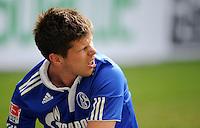 FUSSBALL   1. BUNDESLIGA   SAISON 2011/2012   29. SPIELTAG FC Schalke 04 - Hannover 96                                08.04.2012 Klaas Jan Huntelaar (FC Schalke 04)