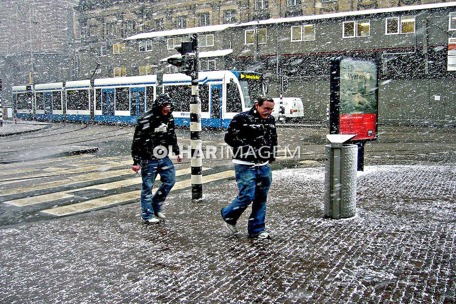 Dia de nevasca em Amsterdã. Holanda. 2007. Foto de Marcio Nel Cimatti.