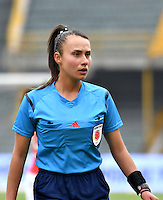 BOGOTA - COLOMBIA - 26-02-2017: Amanda Valenzuela (Der.) juez, durante partido por la fecha 2 entre Independiente Santa Fe y Atletico Huila, de la Liga Femenina Aguila 2017, en el estadio Nemesio Camacho El Campin de la ciudad de Bogota. / Amanda Valenzuela (R), refereeduring a match of the date 2 between Independiente Santa Fe and Atletico Huila, for the Liga Femenina Aguila 2017 at the Nemesio Camacho El Campin Stadium in Bogota city, Photo: VizzorImage / Luis Ramirez / Staff.