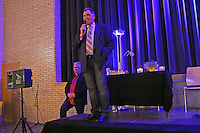 "Büttelborns Bürgermeister Andreas Rotzinger eröffnet die Veranstaltung ""Kibler liest und singt"""