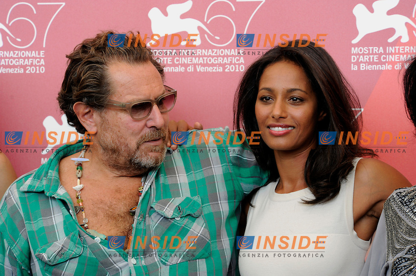 "- ""67 Mostra Internazionale D'Arte Cinematografica"". Thursday, 2010 September 02, Venice ITALY..- In The Picture: The film director Julian Schnabel with The screenwriter Rula Jebreal at the Photocall for the film ""MIRAL""...Photo STEFANO MICOZZI / Insidefoto"
