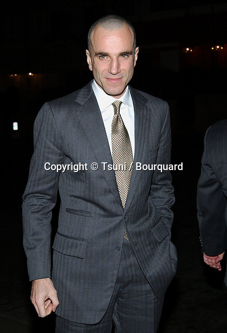 Daniel Day Lewis arriving at the Los Angeles Film Critic Association, the 28th Annual Awards at the Casa Del sol in Los Angeles. January 15. 2003             -            LewisDanielDay58.jpg