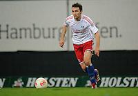 FUSSBALL   1. BUNDESLIGA    SAISON 2012/2013    8. Spieltag   Hamburger SV - VfB Stuttgart            21.10.2012 Milan Badelj (Hamburger SV) Einzelaktion am Ball