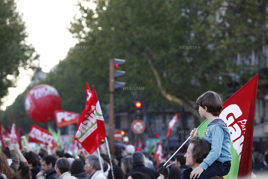 FRANCE. PARIS. 01/05/2012: .Defile du 1er Mai..Journee internationale de solidarite du monde du travail...FRANCE. PARIS. 01/05/2012:.May Day demonstration. International day of solidarity of workers.