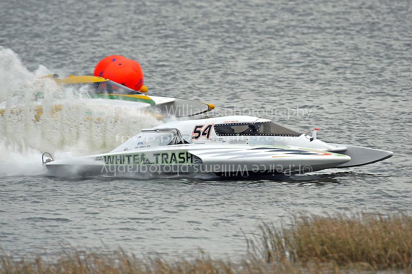 """Chuck Miller, E-54 """"White Trash"""" and Matt O'Connor, E-34 """"The Gator""""   (5 Litre class hydroplane(s)"""