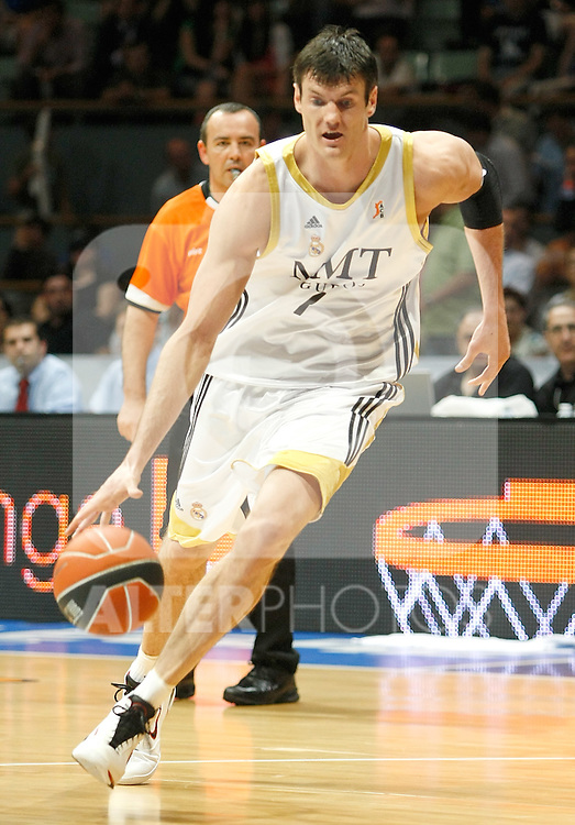 Real Madrid's Darjus Lavrinovic during Liga ACB semifinal match. June 02, 2010. (ALTERPHOTOS/Alvaro Hernandez)