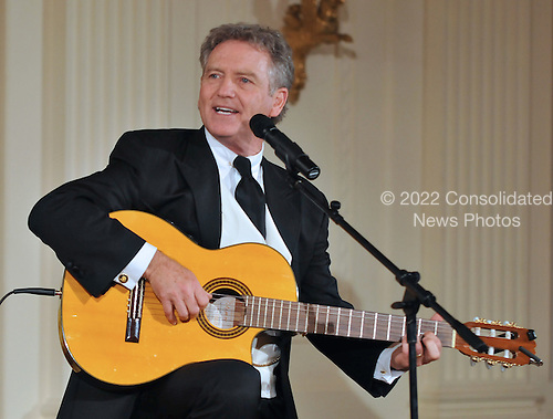 Washington, DC - January 7, 2009 -- Larry Gatlin performs at a reception in Honor of the Points of Light Institute in the East Room of the White House in Washington, D.C. on Wednesday, January 7, 2009..Credit: Ron Sachs / CNP