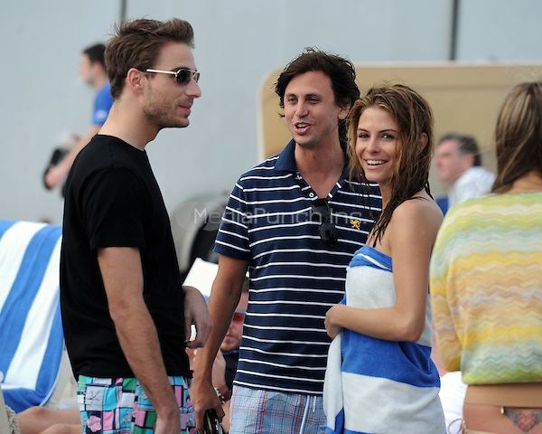Simon Huck , Maria Menounos and Jonathan Cheban are sighted on Miami Beach on December 31, 2010 in Miami, Florida. (© MediaPunch Inc. / MPI04