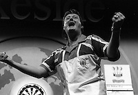 Pix:Michael Steele/SWpix...Darts. Eric Bristow, Firmley Green, 1992...COPYRIGHT PICTURE>>SIMON WILKINSON..Eric Bristow.