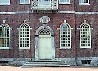 Philadelphia: Congress Hall--windows. Federal style: see PHILADELPHIA ARCHITECTURE, p. 30.  Photo '88.