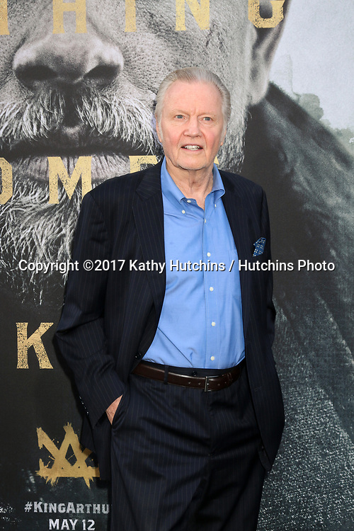 """LOS ANGELES - MAY 8:  Jon Voight at the """"King Arthur Legend of the Sword"""" World Premiere on the TCL Chinese Theater IMAX on May 8, 2017 in Los Angeles, CA"""
