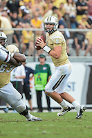 September 28, 2013 - Orlando, FL, U.S: UCF Knights quarterback Blake Bortles (5) during 1st half NCAA football game action between the South Carolina Gamecocks and the UCF Knights at Bright House Networks Stadium in Orlando, Fl