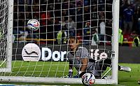 BOGOTÁ - COLOMBIA, 22-07-2018: Sergio Avellaneda, guardavallas de Boyacá Chicó F. C., no logra detener el disparo de David MacCallister Silva (Fuera de Cuadro), jugador de Millonarios al anotar gol de su equipo, durante partido de la fecha 1 entre Millonarios y Boyacá Chicó F. C., por la Liga Aguila II-2018, jugado en el estadio Nemesio Camacho El Campin de la ciudad de Bogota. / Sergio Avellaneda, goalkeeper of Boyaca Chico F. C., fails to stop the shoot of David MacCallister Silva (Out of Frame), player of Millonarios the goal of his team, during a match of the 1st date between Millonarios and Boyaca Chico F. C., for the Liga Aguila II-2018 played at the Nemesio Camacho El Campin Stadium in Bogota city, Photo: VizzorImage / Luis Ramirez / Staff.