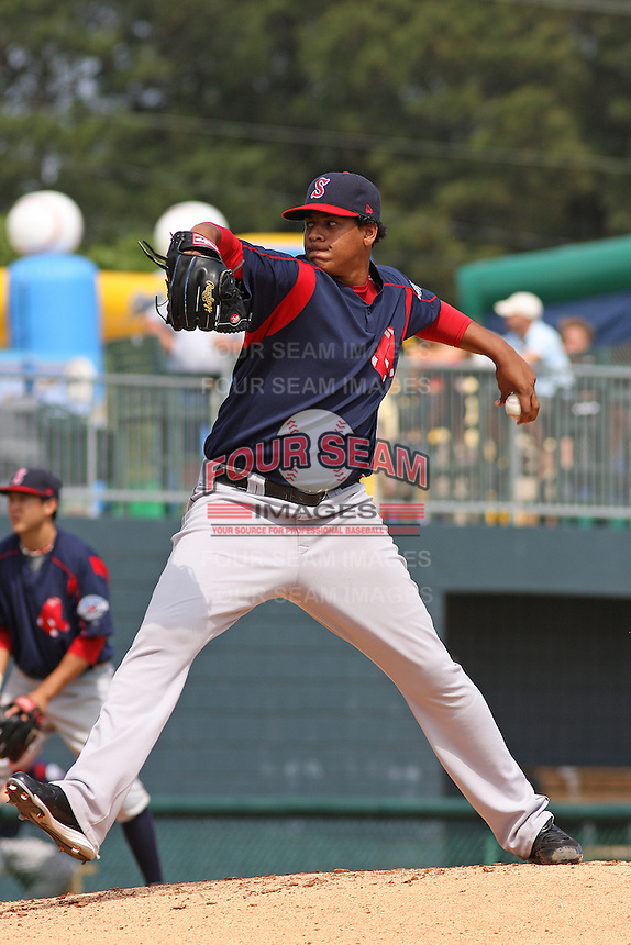 Jose Capellan of the Salem Red Sox pitching against  the Myrtle Beach Pelicans on May 3, 2009