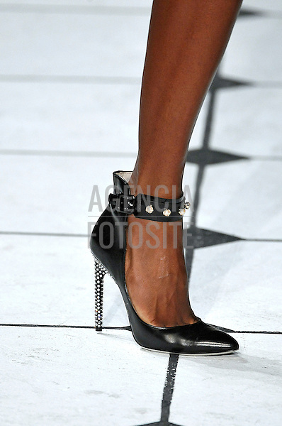 RTW_Jason Wu_Spring_Summer_2013_New_York_Fashion_Week_September_2012