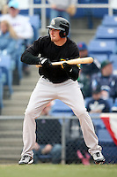 May 3, 2009:  Sean Shoffit of the New Hampshire Fisher Cats, Eastern League Class-AA affiliate of the Toronto Blue Jays, at bat during a game at the NYSEG Stadium in Binghamton, NY.  Photo by:  Mike Janes/Four Seam Images