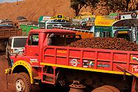"Asien Indien IND Jharkand Noamundi , Abbau von Eisenerz u.a. von Tata Steel im offenen Tagebau -  Bergbau xagndaz | .South Asia India Jharkand Noamundi , iron ore open cast mining .| [ copyright (c) Joerg Boethling / agenda , Veroeffentlichung nur gegen Honorar und Belegexemplar an / publication only with royalties and copy to:  agenda PG   Rothestr. 66   Germany D-22765 Hamburg   ph. ++49 40 391 907 14   e-mail: boethling@agenda-fototext.de   www.agenda-fototext.de   Bank: Hamburger Sparkasse  BLZ 200 505 50  Kto. 1281 120 178   IBAN: DE96 2005 0550 1281 1201 78   BIC: ""HASPDEHH"" ,  WEITERE MOTIVE ZU DIESEM THEMA SIND VORHANDEN!! MORE PICTURES ON THIS SUBJECT AVAILABLE!! INDIA PHOTO ARCHIVE: http://www.visualindia.net ] [#0,26,121#]"