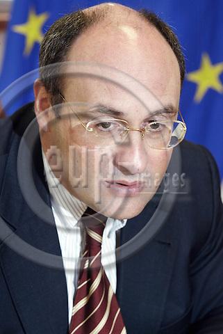BRUSSELS - BELGIUM - 10 SEPTEMBER 2002--Antonio VITORINO, Portugese Commissioner for Justice and Interior Affairs.--PHOTO: JUHA ROININEN / EUP-IMAGES