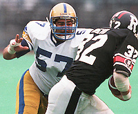 John Sturdivant Winnipeg Blue Bombers 1986. Copyright photograph Scott Grant/