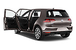 Car images of a 2015 Volkswagen Golf GTE 5 Door Hatchback 2WD Doors