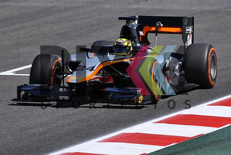 Barcelona, 08.05.15, Motorsport, GP2 Series Barcelona 2015 : Nick Yelloly (Hilmer Motorsport, #24)<br /> <br /> Foto &copy; P-I-X.org *** Foto ist honorarpflichtig! *** Auf Anfrage in hoeherer Qualitaet/Aufloesung. Belegexemplar erbeten. Veroeffentlichung ausschliesslich fuer journalistisch-publizistische Zwecke. For editorial use only.