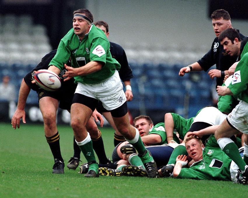 Photo. Richard Lane..Nick Harvey gets the ball away from a ruck. Wasps v's London Irish. 15/3/98.