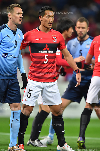 Shane Smeltz (Sydney FC), Tomoaki Makino (Reds),<br /> FEBRUARY 24, 2016 - Football / Soccer :<br /> AFC Champions League Group H match between Urawa Red Diamonds 2-0 Sydney FC at Saitama Stadium 2002 in Saitama, Japan. (Photo by AFLO)