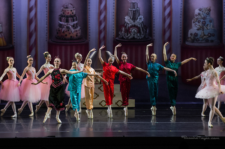 "Cary Ballet Company, ""Visions of Sugarplums"", Friday Evening Performance, 18 Dec. 2015, Cary Arts Center, Cary, North Carolina. ."