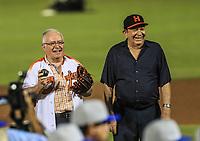 Enrique Mazon y Arturo Leon Lerma, durante el d&iacute;a de apertura de la temporada de beisbol de la Liga Mexicana del Pacifico 2017 2018 con el partido entre Naranjeros vs Yaquis. 11 octubre2017 . <br /> (Foto: Luis Gutierrez /NortePhoto.com)