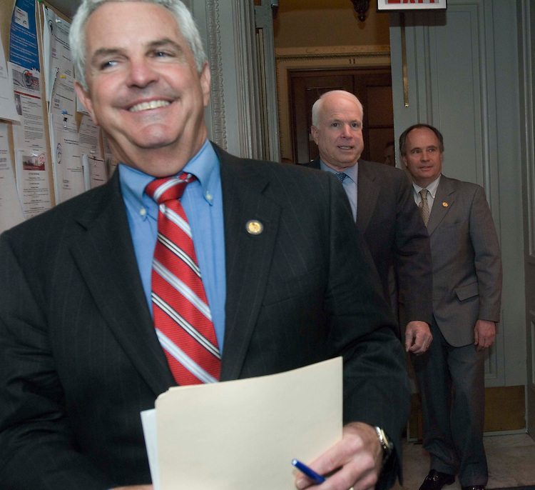 "02/01/06.SHADEGG/HOUSE MAJORITY LEADER RACE--John Shadegg, R-Ariz., arrives for a news conference with supporters Charles Bass, R-N.H., far right, and Sen. John McCain, R-Ariz., the Republican most clearly identified in the publicÕs mind as a Òreformer."" The House GOP Conference will settle the race for majority leader tomorrow, between Shadegg, John Boehner of Ohio, and current Majority Leader Roy Blunt of Missouri..CONGRESSIONAL QUARTERLY PHOTO BY SCOTT J. FERRELL"