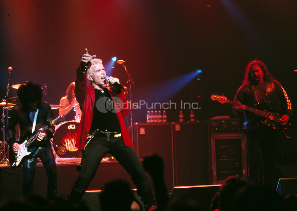 Billy Idol performing live in San Francisco, CA on July 24, 2002.<br /> &copy; Anthony Pidgeon / MediaPunch.