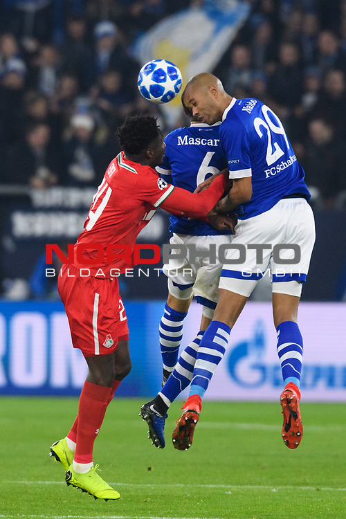 11.12.2018, VELTINS Arena, Gelsenkirchen, Deutschland, GER, UEFA Champions League, Gruppenphase, Gruppe D, FC Schalke 04 vs. FC Lokomotiv Moskva / Moskau<br /> <br /> DFL REGULATIONS PROHIBIT ANY USE OF PHOTOGRAPHS AS IMAGE SEQUENCES AND/OR QUASI-VIDEO.<br /> <br /> im Bild Zweikampf zwischen Eder (#24 Moskau) und Omar Mascarell (#6 Schalke), Naldo (#29 Schalke)<br /> <br /> Foto &copy; nordphoto / Kurth