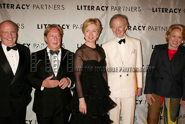 Jack Welch, Arnold Scaasi, Hillary Rodham Clinton, Tom Wolfe and Liz Smith attending  the Literacy Partners 20th  Annual Gala,<br /> AN EVENING OF READINGS at Lincoln Center, Honoring Tom Brokaw, Tim Russert and Jack Welch on May 3, 2004 at Lincoln Center in New York City.