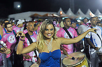 SÃO PAULO, SP, 14 DE JANEIRO DE 2012 - ENSAIO TÉCNICO ROSAS DE OURO - Ellen Roche durante ensaio técnico da Escola de Samba Rosas de Ouro na praparação para o Carnaval 2012. O ensaio foi realizado na noite deste sabado, no Sambódromo do Anhembi, zona norte da cidade. FOTO LEVI BIANCO - NEWS FREE