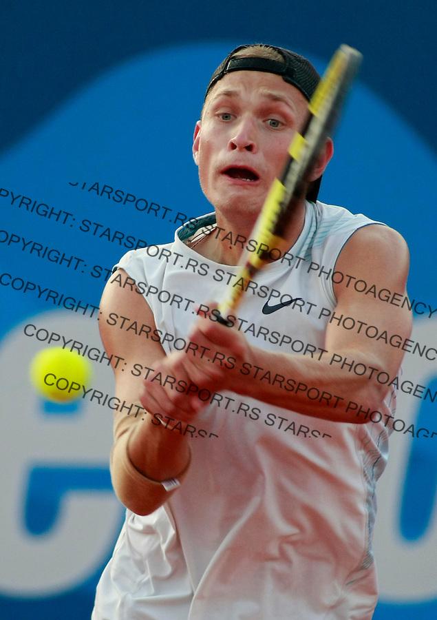 Tenis.Serbia Open 2009.Oleksandr Dolgopolov Vs. Valery Rudnev, kvalifikacije.Valery Rudnev.Beograd, 02.05.2009..foto: Srdjan Stevanovic/Starsportphoto.com ©