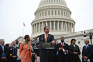 October 9, 2013  (Washington, DC)  Del. Eleanor Norton, Mayor Vincent Gray and Darrell Issa (R-CA) hold a news conference at the Capitol on freeing D.C.'s budget from the shutdown.  (Photo by Don Baxter/Media Images International)